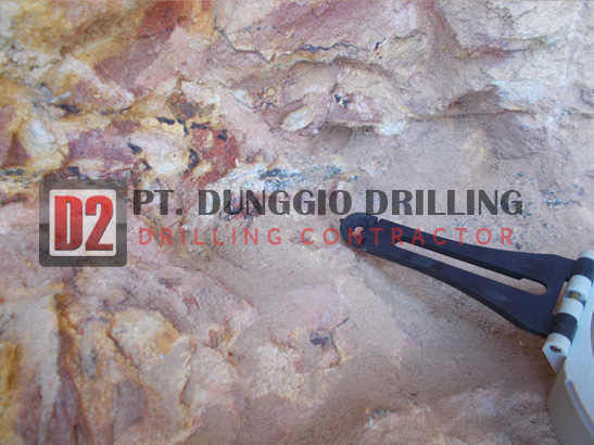 Iron Ore & Metal Drilling2-dunggiodrilling.jpg